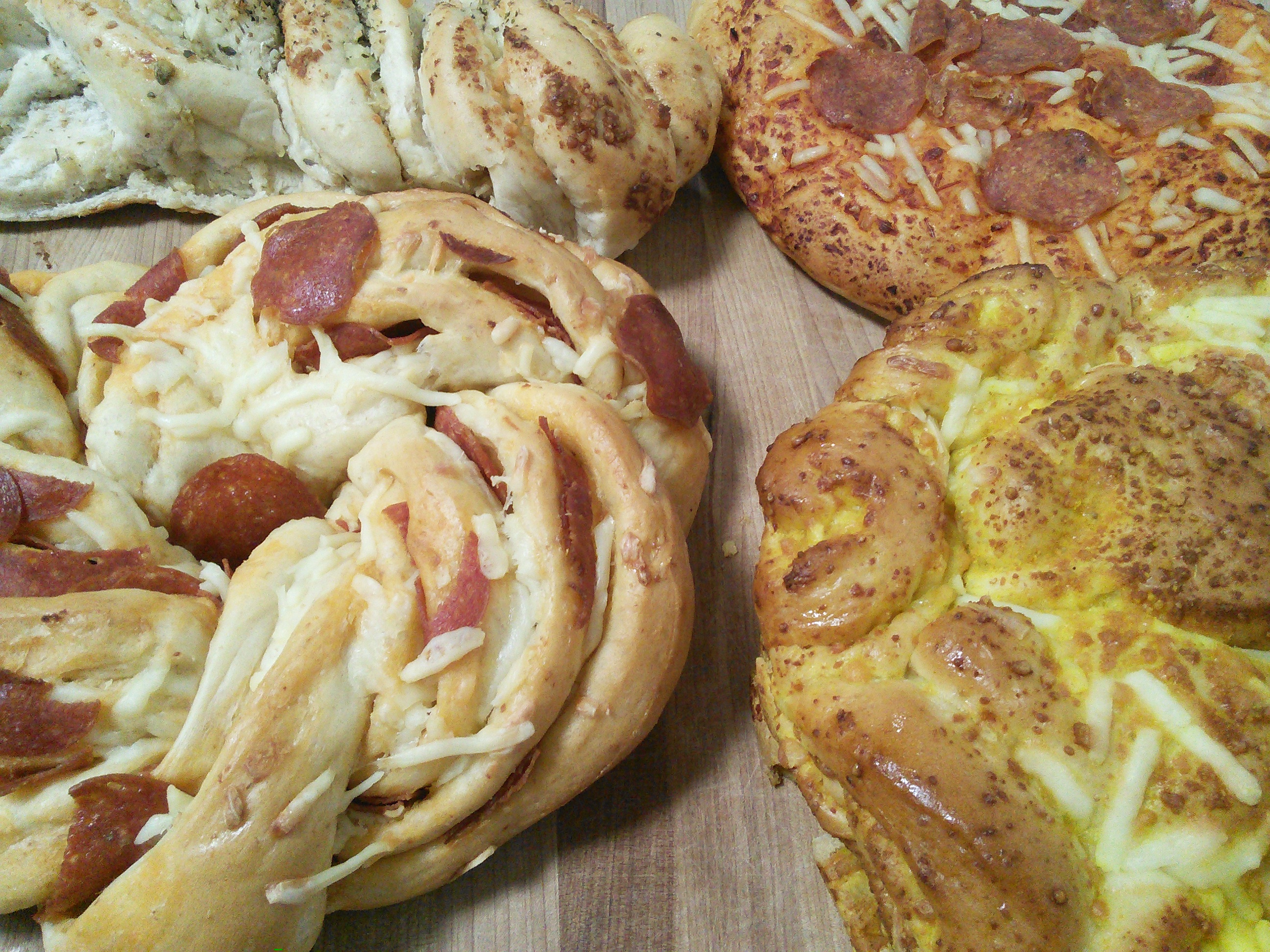 Double Pepperoni Cheese Twist, Pepperoni Pizza Bread, Cheddary Parmesan Rolls, Roasted Garlic Twist